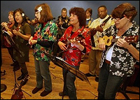 Picture of Harrison Street Ukulele Players in concert